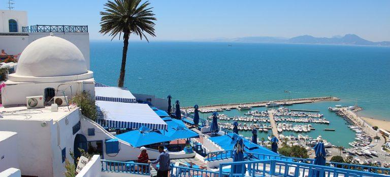 Conseils pour la prise en charge et le dépôt de location de voiture en Tunisie